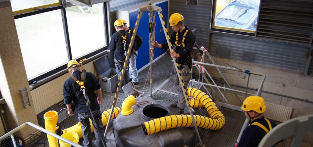 Know the importance of confined space course for your workers